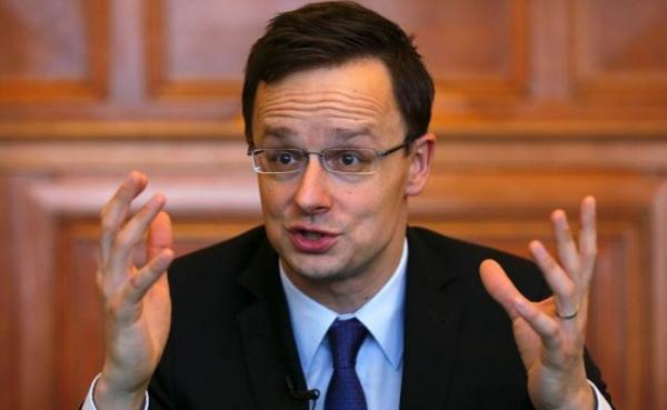 Глава МИД Венгрии: Сильнейшие страны Европы тайком ведут дела сРоссией