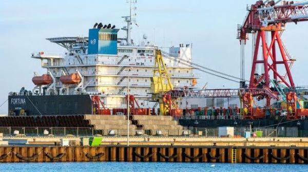 Арендатор способного строить «Северный поток-2» судна судится с«Газпромом»