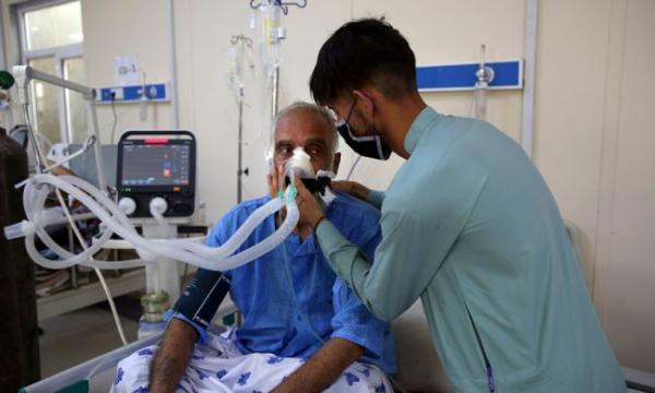 Минздрав Афганистана заявил, что встране 10 млн инфицированных Covid-19