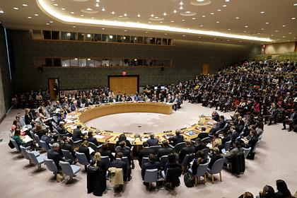 ЕС вновь предложил Белоруссии посредничество вдиалоге власти снародом