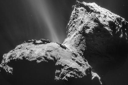 Зафиксировано аномальное свечение вокруг кометы