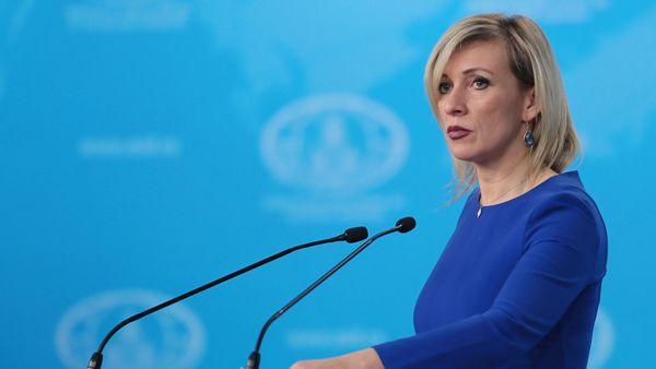 Захарова: Берлин блефует, обслуживая грязную политическую возню