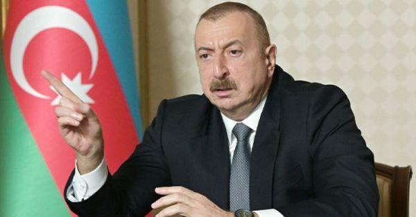 Алиев сообщил оводружении флага Азербайджана вкарабахском селе