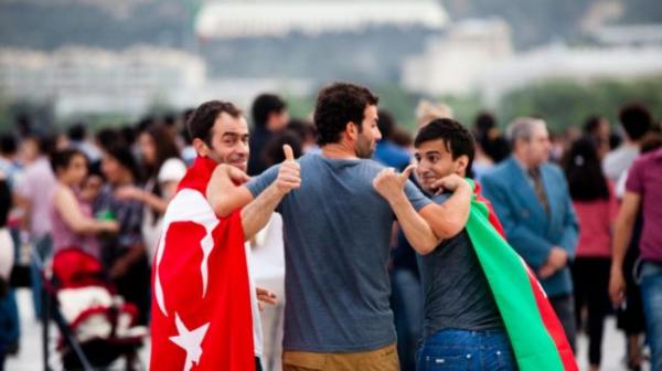 Азербайджанская диаспора России, война вНагорном Карабахе ивлияние Турции