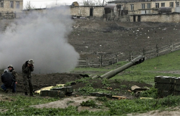 В Армении опровергли данные Баку об авиаударе по специальному артполку