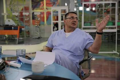 Доктор Мясников рассказал оспособе распознать усебя рак