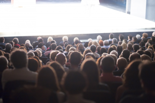 Фестивали еврейского кино открылись в Петербурге и Екатеринбурге
