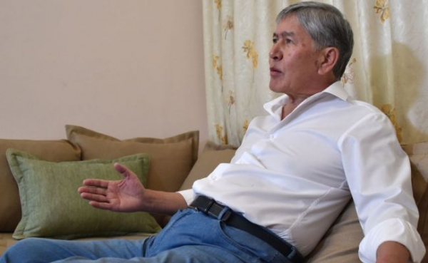 Экс-президент Киргизии Алмазбек Атамбаев снова задержан