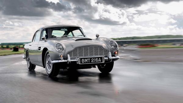 Машина агента 007. Новая